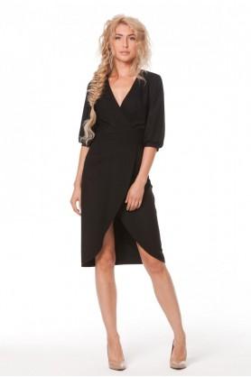Короткое черное платье с запахом