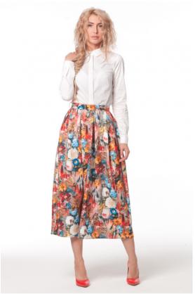 Яркая юбка с цветочным принтом