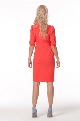 Платье футляр красного цвета