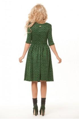 Зеленое теплое платье