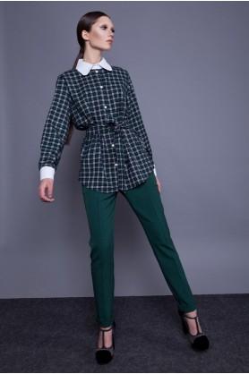 Зеленые брюки прямого покроя