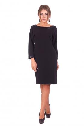 Прямое черное платье от Lilo