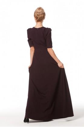 Длинное платье по фигуре