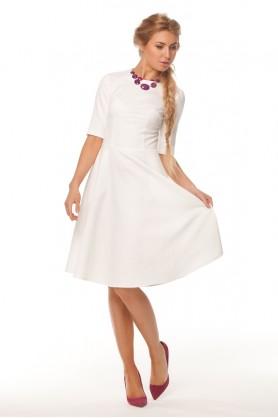 Прекрасное белое платье