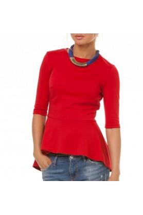Красная блуза с баской