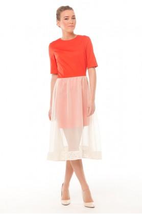Дизайнерское платье красного цвета
