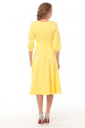 Классическое желтое платье от MUST HAVE